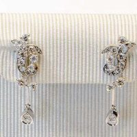 Boucles saphir rose serti diamants or 18 cts